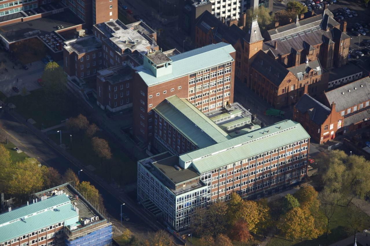 University Of Manchester Simon Building Mcm Panel